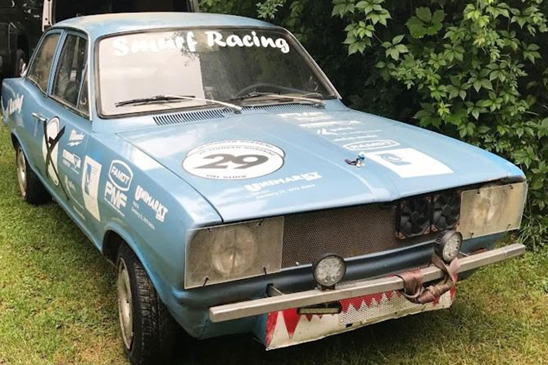 Smurf Racing